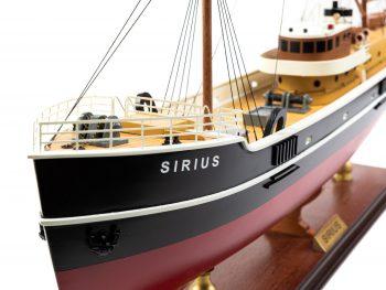 Maquette d'exposition entièrement montée - Mistral Maquettes – Le Sirius - 66 cm - vue bâbord proue