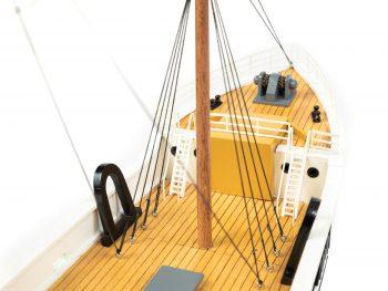 Maquette d'exposition entièrement montée - Mistral Maquettes – Le Sirius - 66 cm - vue tribord pont avant