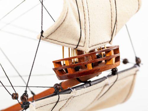 Maquette d'exposition entièrement montée – Mistral Maquettes - Sovereign of the seas - 95 cm - vue hune avant