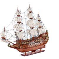 Maquette d'exposition entièrement montée – Mistral Maquettes - Sovereign of the seas - 95 cm - vue latérale bâbord avant