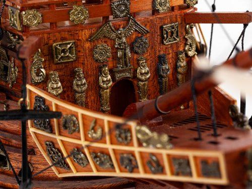 Maquette d'exposition entièrement montée – Mistral Maquettes - Sovereign of the seas - 95 cm - vue tribord pont avant
