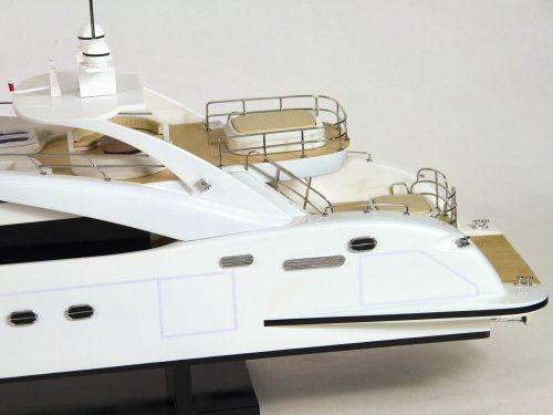 Maquette d'exposition entièrement montée – Mistral Maquettes - Sun Glider - 88 cm - vue babord arrière