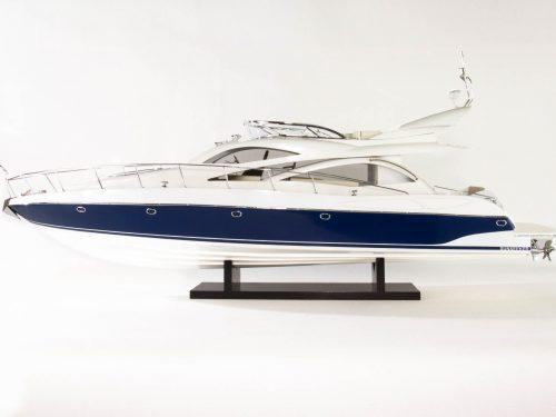Maquette d'exposition entièrement montée – Mistral Maquettes - Sunseeker - 88 cm - vue babord