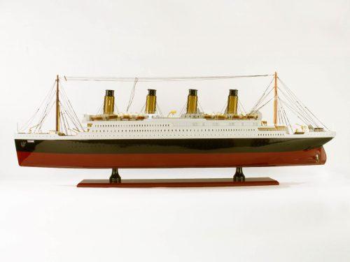 Maquette d'exposition entièrement montée – Mistral Maquettes - Titanic - 101 cm - vue babord