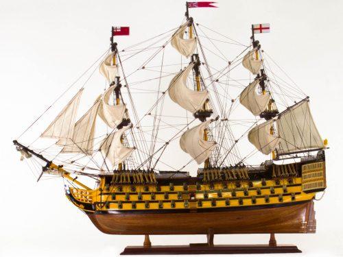 Maquette d'exposition entièrement montée – Mistral Maquettes - Victory - 87 cm - vue bâbord