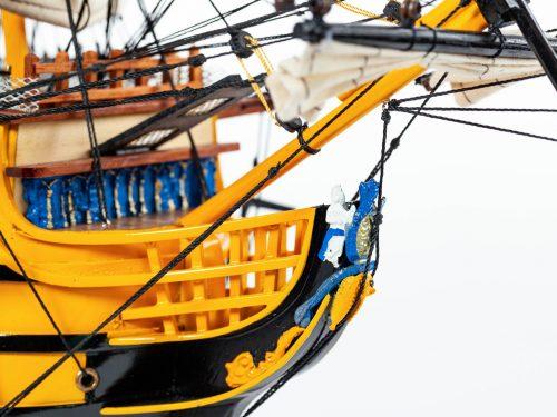 Maquette d'exposition entièrement montée – Mistral Maquettes - Victory - 87 cm - vue figure de proue