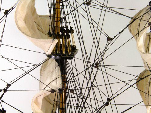 Maquette d'exposition entièrement montée – Mistral Maquettes - Victory - 87 cm - vue hune de mat