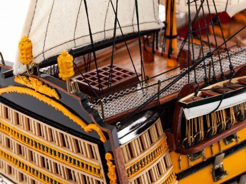 Maquette d'exposition entièrement montée – Mistral Maquettes - Victory - 87 cm - vue tribord pont arrière