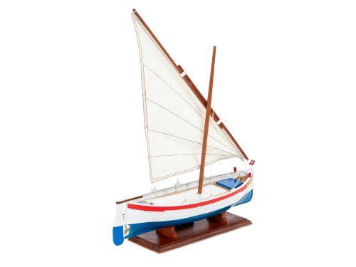 Maquette d'exposition entièrement montée – Mistral Maquettes - barquette - 35 cm - vue latérale tribord arrière