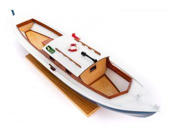 Maquette d'exposition entièrement montée – Mistral Maquettes – Pinasse du bassin d'arcachon (1/20 ème - 53 cm) - vue plongeante