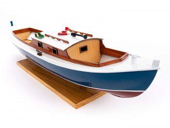 Maquette d'exposition entièrement montée – Mistral Maquettes – Pinasse du bassin d'arcachon (1/20 ème - 53 cm) - vue tribord proue