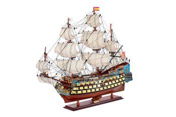 Maquette de collection montée du galion San Felipe (81 cm), vue d'ensemble