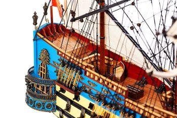 Maquette de collection montée du galion San Felipe (81 cm), vue détaillée du chateau arrière