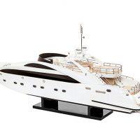 Maquette de collection montée du yacht Sun Glider (90 cm), vue babord