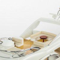 Maquette de collection montée du yacht Sunseeker (88 cm), vue détaillée du pont supérieur