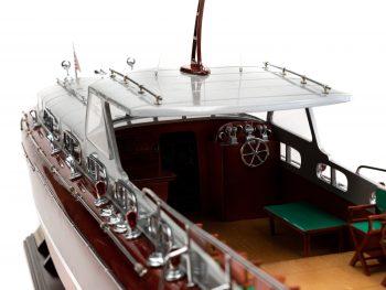 Maquette en bois entièrement montée - Mistral Maquettes – Yacht Thunderbird - 90 cm - Vue bâbord cockpitarrière