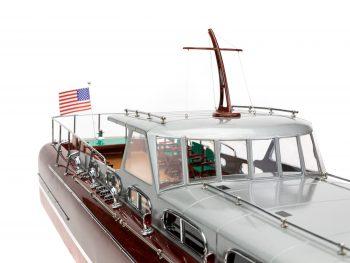 Maquette en bois entièrement montée - Mistral Maquettes – Yacht Thunderbird - 90 cm - vue tribord roof