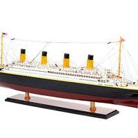 Maquette de collection montée du paquebot Titanic (101 cm), vue d'ensemble