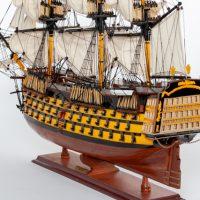 Maquette de collection montée du galion Victory (87 cm), vue babord arrière